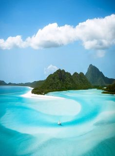 Is Whitsunday's on your bucket list? Whitehaven Beach, Australia from Places To Travel, Travel Destinations, Places To Visit, Beautiful Islands, Beautiful Beaches, Vacation Trips, Vacation Spots, Travel Trip, Vacations