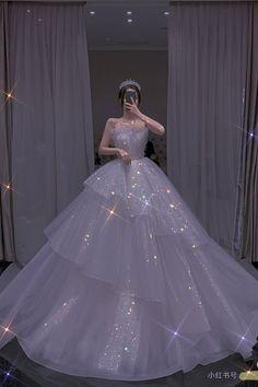 Princess Ball Gowns, Princess Wedding Dresses, Dream Wedding Dresses, Pretty Prom Dresses, Ball Dresses, Cute Dresses, Formal Dresses, Evening Dresses, Fairytale Dress