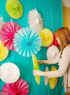 Diy party decor. Another great photo background idea.