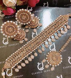 CLassic Jewelry - Home Bridal Jewellery Inspiration, Indian Bridal Jewelry Sets, Indian Jewelry Earrings, Jewelry Design Earrings, Antique Jewellery Designs, Fancy Jewellery, Indian Jewellery Design, Bead Jewellery, Diamond Jewellery
