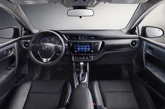 2017-toyota-corolla-interior-dashboard