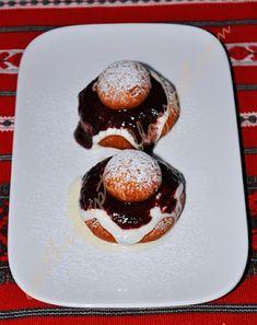 Sült túrófánk - Papanași Pancakes, Pudding, Breakfast, Food, Morning Coffee, Custard Pudding, Essen, Pancake, Puddings