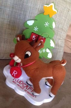 Rudolph the Red Nosed Reindeer Dan Dee Countdown To Christmas Plush & Wood EUC! #DanDee