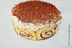 Na słodko lub wytrawnie: Kremowe ciasto na roladzie z bananami