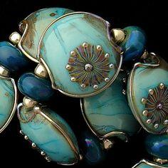 Handmade Organic Lampwork Glass Beads from GSG Beads on ArtFire by reckstadt Clay Beads, Lampwork Beads, Handmade Beads, Handmade Jewelry, Photo Macro, Bleu Turquoise, Czech Glass Beads, How To Make Beads, Jewelry Supplies