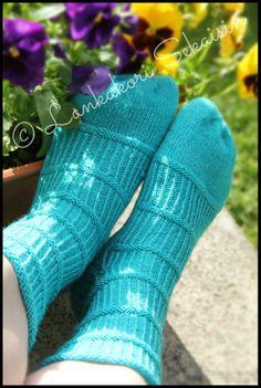 ''BONES''  - woolsocks  #bones #neulominen #kesä #summer #villasukat #woolsocks #austermannyarn Womens Wool Socks, Knitting Socks, Mittens, Knits, Villa, Crochet, Summer, Fashion, Knit Socks