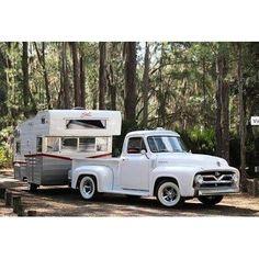 1954 Ford Pick Up Truck. with a 1964 Astroflyte Travel Trailer. Shasta Camper, Camper Caravan, Truck Camper, Camper Parts, Vintage Campers Trailers, Retro Campers, Camper Trailers, T1 Bus, Vw T1