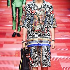 "@dolceandgabbanaofficial menswear.... yes please. I don't even care that they do the same thing every season they are good at prints ok? Not everyone has to be a latex loving margiela or obsessed with ""structural draping"" - sorry nah I like colour and busyness!!"
