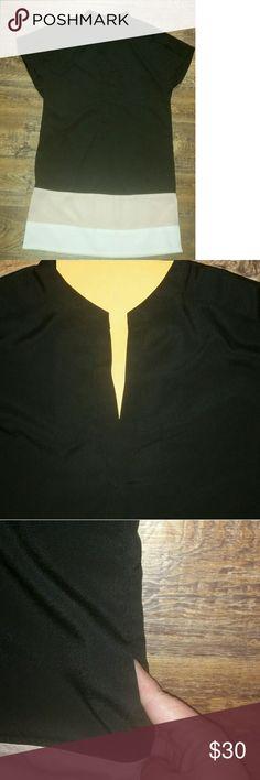 Bcbgmaxazria  v-neck mini dress w/pockets Bcbgmaxazria v-neck mini dress w/pockets BCBGMaxAzria Dresses Mini