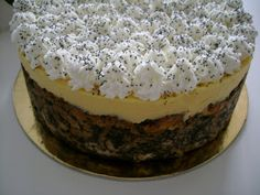 Házi Toffifee – Te is könnyedén elkészítheted, mindenki odalesz érte! Hungarian Desserts, Hungarian Recipes, Cookie Desserts, Cookie Recipes, Dessert Recipes, Delicious Desserts, Yummy Food, Creative Snacks, Croatian Recipes