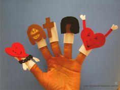 Explicando a Páscoa com as mãos