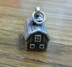 James-Avery-Retired-3-D-Barn-Charm-Rare