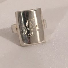 Hey, I found this really awesome Etsy listing at https://www.etsy.com/listing/267884668/seta-sterling-silver-925-monogrammed