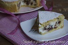recipe tart stuffed with ricotta and chocolate chips soft and delicious dessert recipe type Cassata baked Delicious Desserts, Dessert Recipes, Yummy Food, Strudel, Bakery, Cheesecake, Goodies, Pudding, Bread