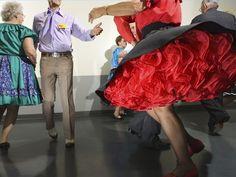 How to Promenade in Square Dancing