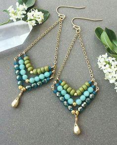 Royalbeier Beaded Earrings Oversized Handmade Seed Beaded Drop Earrings Long Beaded Navajo Indian Dangle Earrings for Women Ladies – Fine Jewelry & Collectibles Wire Wrapped Jewelry, Wire Jewelry, Boho Jewelry, Jewelry Crafts, Beaded Jewelry, Jewelery, Jewelry Design, Jewelry Rings, Diy Schmuck