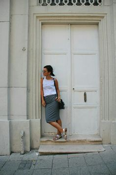 street style outfit fashion nidayzc style blogger silver shoes tube skirt