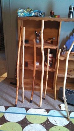 How to Collect Wood to Make a Walking Stick: 9 Steps