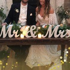 Head Table Wedding Decorations, Bridal Party Tables, Party Table Centerpieces, Centerpiece Decorations, Wedding Table, Wedding Ideas, Wedding Themes, Wedding Planning, Wedding Inspiration