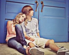 hay and mikey Teen Couples, Cute Couples Photos, Cute Couple Pictures, Young Couples, Couple Pics, Couple Photography, Photography Poses, Picture Poses, Picture Ideas