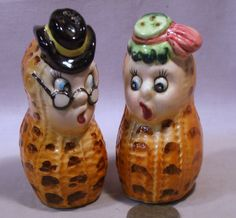 Vintage Anthro Peanut Couple S Shakers