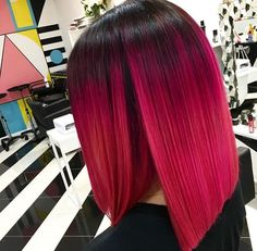 Trendy Hair Color : Magenta hair color is perfect for daring ladies who are not scared of experiment… Blonde Babys, Grey Balayage, Magenta Hair Colors, Fuschia Hair, Curly Hair Styles, Natural Hair Styles, Blond Ombre, Red Ombre, Bright Hair