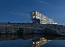Fogo island Canada - Hotel Inn by Saunders Architecture Fogo Island Newfoundland, Newfoundland Canada, Newfoundland And Labrador, Beautiful Hotels, Beautiful Places, Amazing Hotels, Unique Hotels, Banff, Resorts