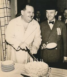 Laurel and Hardy Birthday Laurel And Hardy, Stan Laurel Oliver Hardy, Golden Age Of Hollywood, Classic Hollywood, Old Hollywood, Great Comedies, Classic Comedies, Classic Films, Physical Comedy