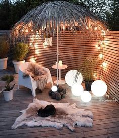 Inspired spaces & Outdoors & Outdoor life & Tiki Umbrella & Wooden deck The post Inspired spaces appeared first on Dekoration. Outdoor Life, Outdoor Rooms, Outdoor Decor, Backyard Lighting, Outdoor Lighting, Lighting Ideas, Pathway Lighting, Lighting Design, Yard Landscaping