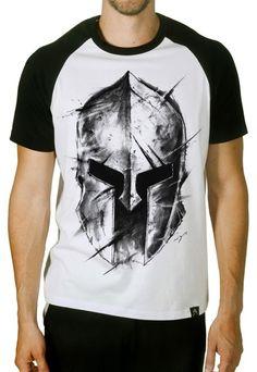 2ce69df16 Camiseta Artseries Manga Curta Raglan Capacete Gladiador Sparta