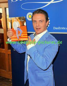 Hochzeiten-Events-Authorisierter Fotograf des Standesamtes in Baden-Baden: Pressekonferenz zu Immer wieder Sonntags in Rust a...