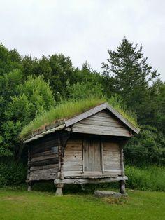 Old house, Bodøsjøen, Bodø.