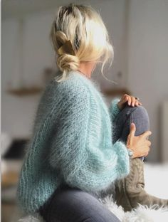 You are in the right place about pulli sitricken winter Here we offer you the most beautiful picture Basic Outfits, Cute Outfits, Gros Pull Mohair, Foto Casual, Mode Boho, Angora Sweater, Insta Look, Mode Vintage, Knit Fashion