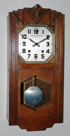 Online veilinghuis Catawiki: FRanse Art Deco regulateur met mini comtoise uurwerk- Periode 1920