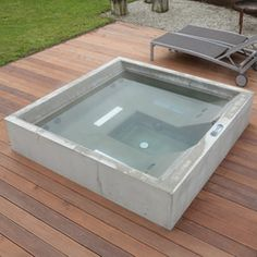 Concrete Whirlpool | Design Example | Outdoor whirlpools | Dade Design AG concrete works Beton