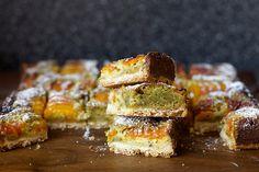 Apricot Pistachio Squares Mediterranean Blondies / Brownies  http://smittenkitchen.com/blog/2014/08/apricot-pistachio-squares/