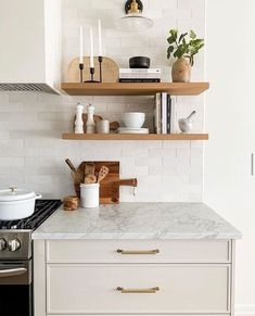 Perfect kitchen styling from Modern Floating Shelves, Floating Shelf Decor, Floating Shelves Kitchen, Open Shelves, Kitchen Nook, Home Decor Kitchen, New Kitchen, Home Kitchens, Kitchen Interior