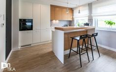 Scandinavian Living, Interior Inspiration, Living Room, House Styles, Table, Furniture, Design, Home Decor, Interiors