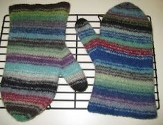 Felted Oven Mitts - link to the pattern