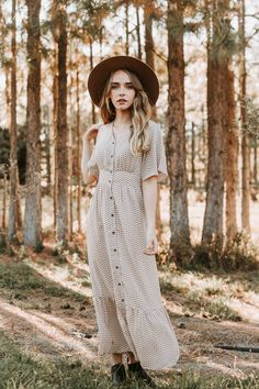 Edison patterned ruffle maxi dress in taupe Modest Dresses, Cute Dresses, Girls Dresses, Dresses With Sleeves, Maxi Dresses, Beautiful Dress Designs, Beautiful Dresses, Modest Fashion, Boho Fashion