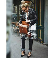 Déjate llevar y se tu misma. Busca encuentra y construye tu propio  FELICIDAD!!! #yesmotivacion #goodmorningworld #felizsabado #asesoriadeimagen #personalshopper #imagenyestilo #imageconsultant #asesoraenestilismo #asesorademoda #streetstyle #stylewoman ##inspiration #jeans #leatherjacket #bag #outfit #look #estilopersonal #creatusellopersonal #fashion #cool #casual #tendencia