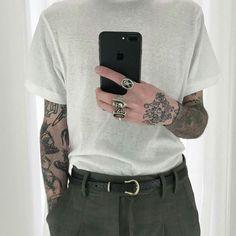 62 Ideas tattoo simple male men for 2019 Fashion Moda, Love Fashion, Fashion Outfits, Bohemian Mens Fashion, Estilo Vans, Style Masculin, Look Man, Vintage Men, Tattoo Designs