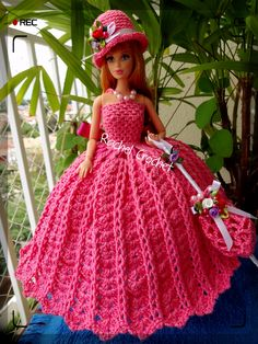 #FioAnne #Doll #Crochet #Vestido #Dress #Barbie #Chapéu #Hat #RaquelGaucha #Sombrinha #Umbrella