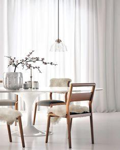 Tulip Table Oval Carrara Rove Concepts Rove Classics MidCentury - Rove concepts saarinen table