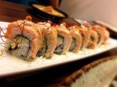 レシピとお料理がひらめくSnapDish - 8件のもぐもぐ - Sake Aburi Maki (Salmon Roll) by Pete Choi