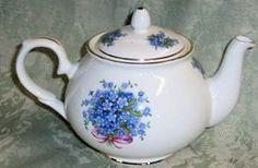 English Teapots Bone China Teapots made in England Roy Kirkham Crown Trent Sheltonian Royale Garden Springfield Summertime Rose Antique Rose