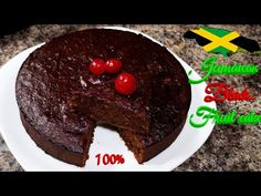 How to make: The Best Jamaican black/Fruit cake (Christmas wedding cake) Best Jamaican Fruit Cake Recipe, Jamaican Rum Cake, Jamaican Dishes, Jamaican Recipes, Carribean Desserts, Caribbean Recipes, Caribbean Food, Christmas Wedding Cakes, Cake Wedding