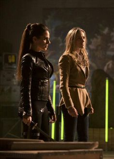 Bo and Lauren, ridding the world of super massive a-holes. Together. #Doccubus #LostGirl