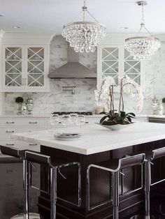 White and dark contrast, kitchen