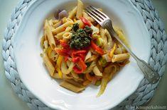 Vollkornnudeln mit gerösteten Peperoni, gebratenem Fenchel und einem schnellen Basilikum-Sonnenblumenkerne-Pesto Tortellini, Pasta, Ravioli, Gnocchi, Veggies, Food, Lasagna, Roast, Kochen